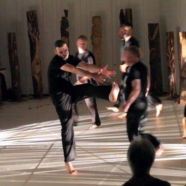 Wöchentliche Männergruppe für Tanztheater und künstlerische Arbeit